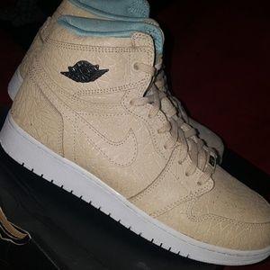 10139348943a25 Air Jordan s